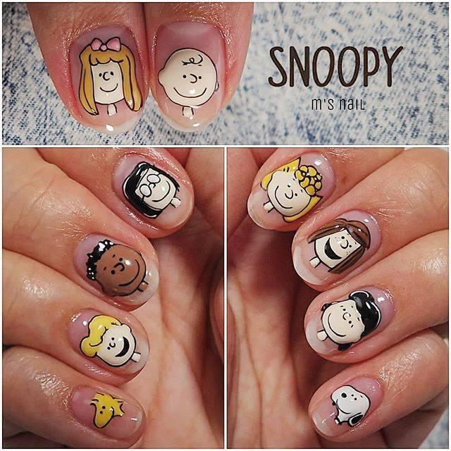 1.Snoopyデコレーションネイル