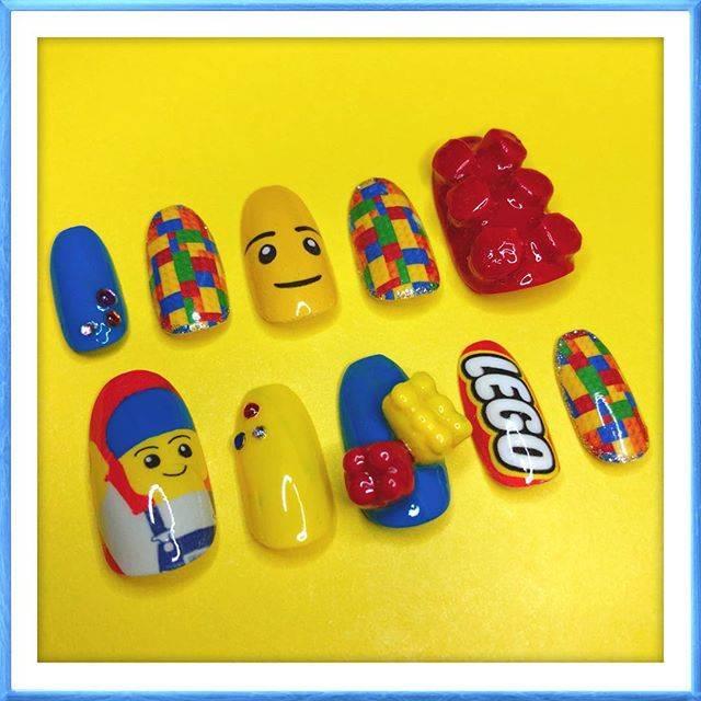 27.LEGOネイル