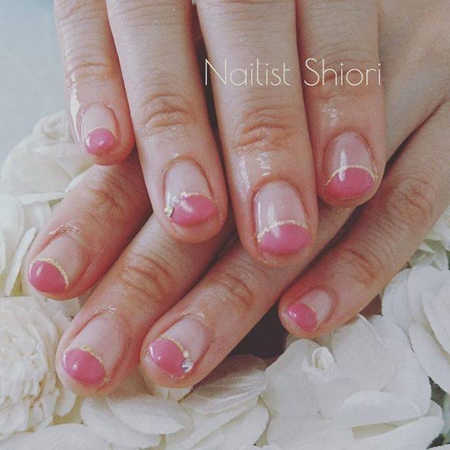 42.ピンク丸フレンチネイル