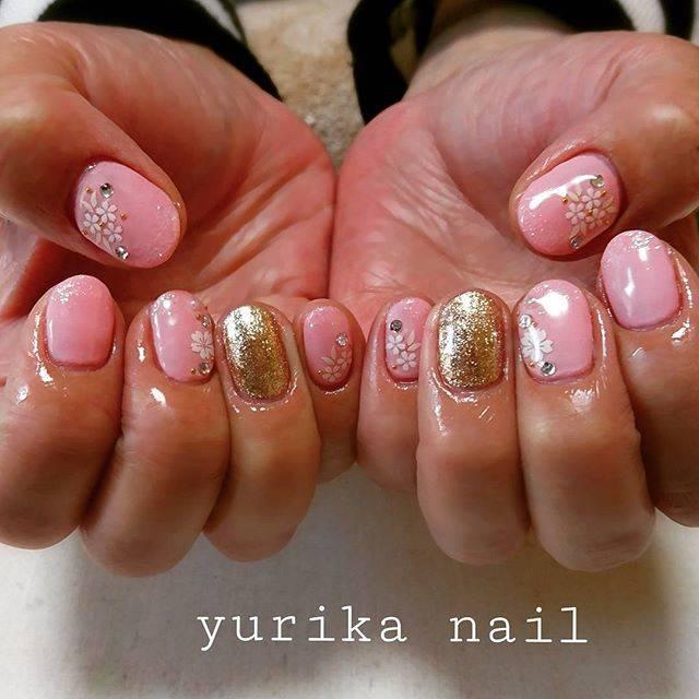 桜ネイルをセルフで塗る方法