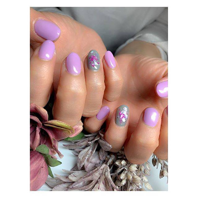 5.パステルパープルネイル×桜色シェルネイル