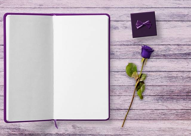 Book Gift Rose - Free photo on Pixabay (36770)