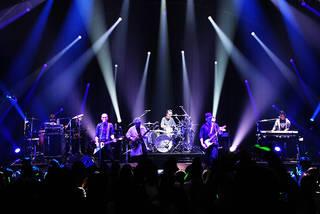MONKEY MAJIK原点回帰を経て掴んだ未来へ 『BLUE MOON presents MONKEY MAJIK Japan Tour 2017 -REPRISE-』 クイックレポート