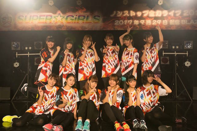 ファン大熱狂!SUPER☆GiRLS(スパガ)が、60分ノンストップライブを実施!ライブ終了後には3つ発表も!