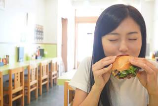 食べてキレイ!callme(コールミー)の早坂香美が話題のバインミーをヘルシー食い!【美散歩】