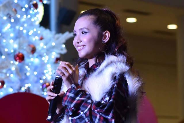 Beverly、クイーンズスクエア横浜クリスマスツリー点灯式に登場!