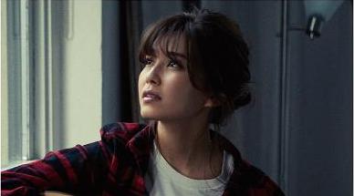 宇野実彩子 (AAA)ソロデビューシングルMVとジャケット写真を公開!宇野ソロのオフィシャルHPも開設!
