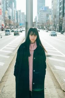 大幡しえり、「感覚ピエロ」の最新曲「さよなら人色」のMVに出演