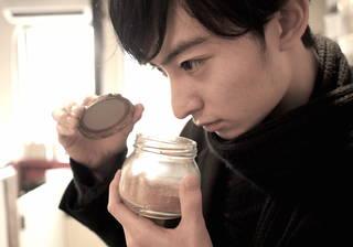 芸能界屈指のカレー好き男子・濱正悟がスパイスからのカレー作りに挑戦!
