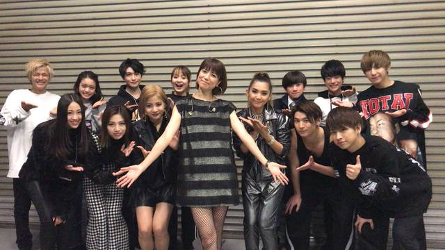 lol、Beverly、α-X's、Do As Infinity!豪華メンツでチームhitomi結成!?