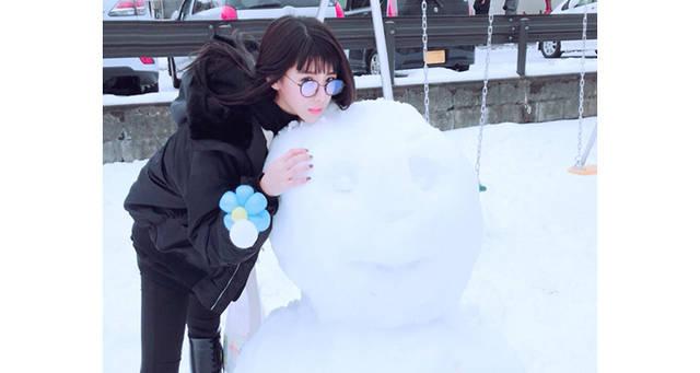 """北陸の地に""""雪の妖精""""現る!? 雪だるまに寄り添う田中美麗(スパガ)が""""可愛すぎる""""とファン歓喜!"""