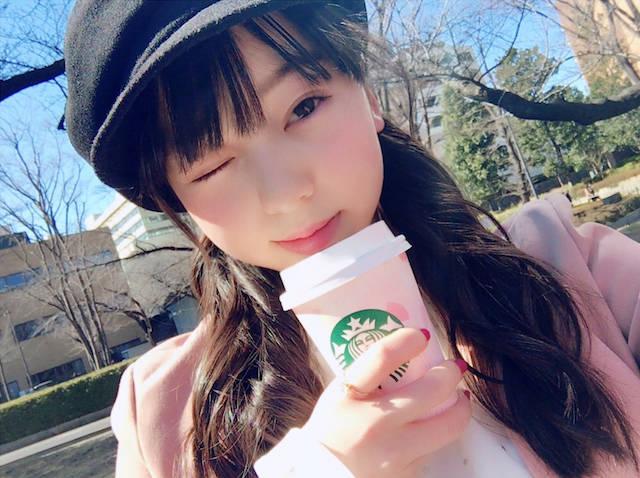 天使のウインク!西田ひらりがファンからの熱い要望に応えて新たなツインテール写真を公開!