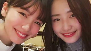 """飯豊まりえと""""石原さとみ似""""劇団員 安倍乙の姉妹感2ショット公開"""