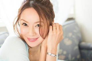今夏20周年を迎える鈴木亜美が「20周年コラボ」相手を大募集!