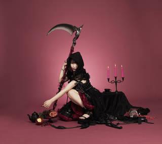 大森靖子、7/11発売ニューアルバムよりリード曲「死神」のMVを公開!