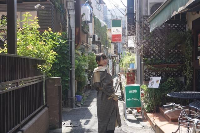 """目指すは""""千女""""!モデルの井元まほが北千住で美散歩"""
