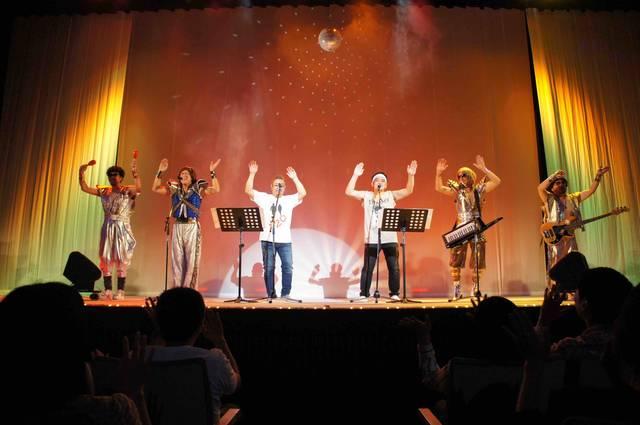 MONKEY MAJIK、サンドウィッチマンのツアー最終公演にサプライズ出演!