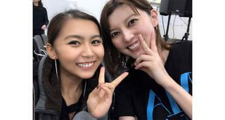 青野紗穂、ミュージカル「オン・ユア・フィート!」で姉妹役を演じる朝夏まなととのツーショット写真を公開!
