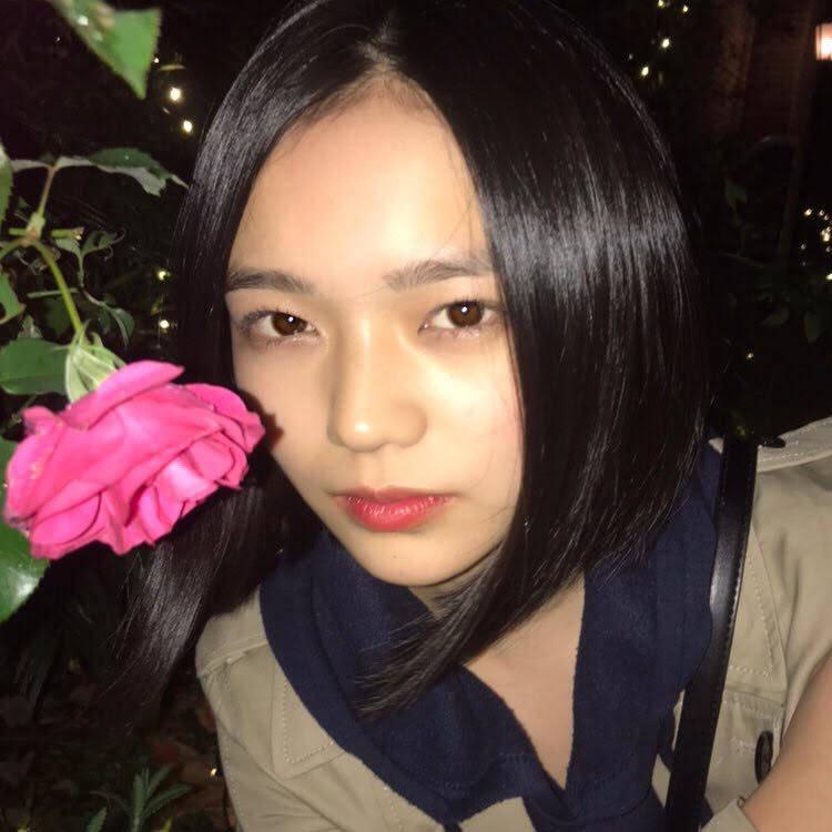 「しくじり先生」に出演の17歳 美少女が話題!