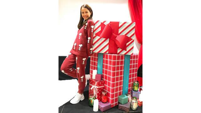 Miracle Vell Magicがオールセルフプロデュースのクリスマスホームパーティーを開催!