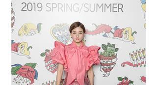 伊藤千晃が「Rakuten GirlsAward 2019 SPRING/SUMMER」にLIVEパフォーマンスで出演!!