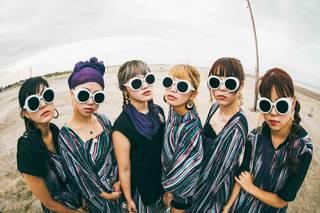 大阪☆春夏秋冬、海に飛び込みグチャグチャな新曲MV公開!