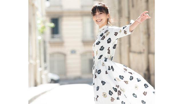 大塚 愛、自身初の楽譜付きピアノ弾き語りアルバム『Aio Piano Arioso』。美味しそうなジャケット写真を公開!