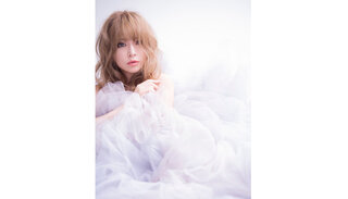 浜崎あゆみ、ニューシングル「オヒアの木」をゲリラリリース!歌詞とタイトルが話題!!