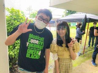 浅川梨奈は福田監督が大好きすぎる!? 「親バカ青春白書」第4話に女子大生役で出演していた!