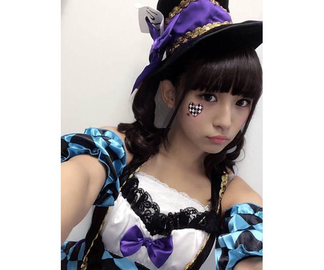 ポイントは色と場所!スパガや東京女子流、高柳明音などハロウィンで可愛い実例ネイル&メイクカタログ