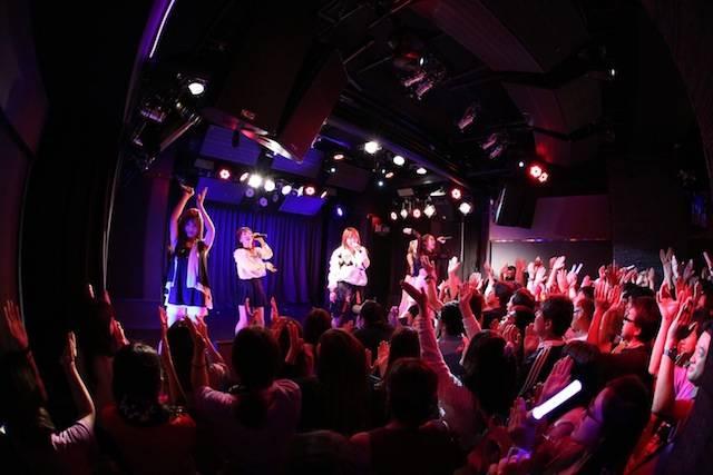 Cheeky Parade(チキパ) メンバー作詞の新曲「僕らの歌」を初披露!!