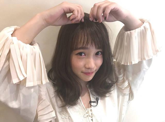 +1点でおしゃれ感UP!川栄李奈のメガネコーデが可愛い♪