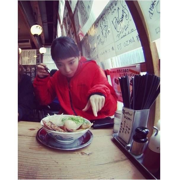 2月27日に飯豊まりえがブログ公開した、こちらの写真!