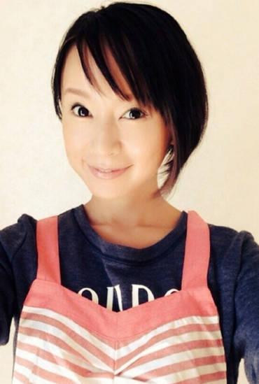 料理女子必見!キッチンでも可愛くなれる鈴木亜美セレクトのエプロンに注目♡