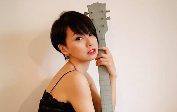 モデル 鈴木 亜美