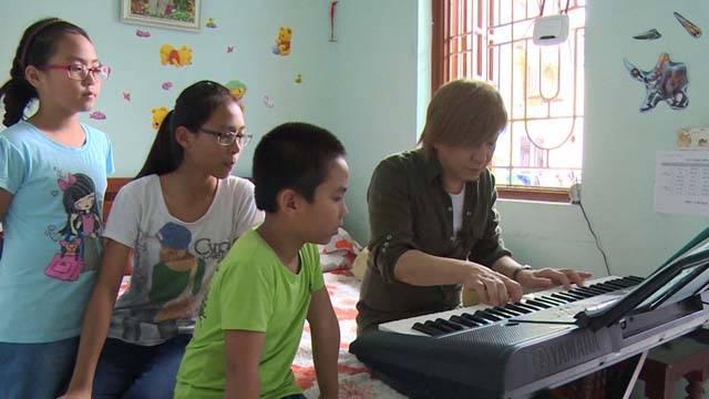 【本日12時オンエア】小室哲哉がベトナムの地を歩き、 日本とベトナムそれぞれの「幸せ」の違いを探る