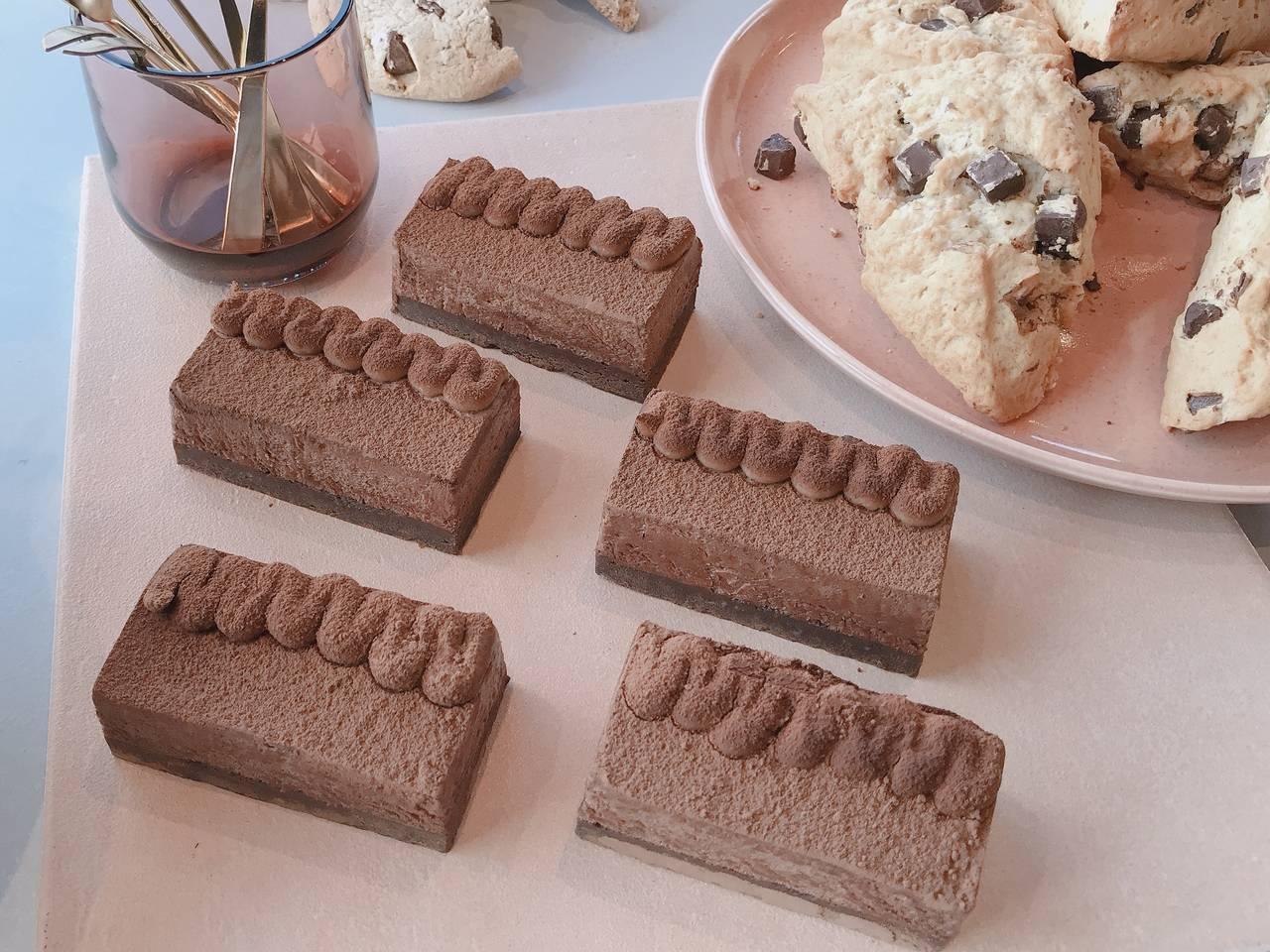 チョコレート スイーツ