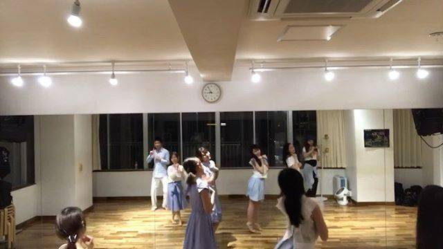 "Asuka on Instagram: ""乃木坂46*ガールズルールこれが最後の夏だから♪@emipapi 先生の楽しいレッスン💕#乃木坂46 #ガールズルール #アイドルダンス #ダンス大好き"" (532077)"