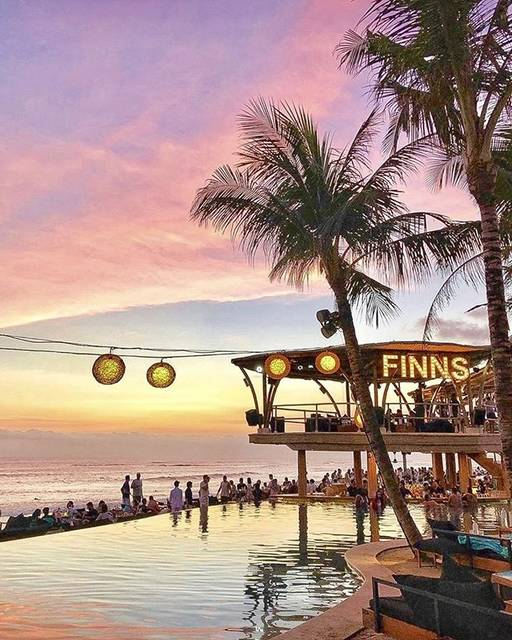 """Finns Beach Club on Instagram: """"No words 😍 If you haven't experienced a sunset from Finns, then you're missing out 🙌🙌 - - - #finnsbeachclub #canggu #bali #foundatfinns…"""" (607738)"""