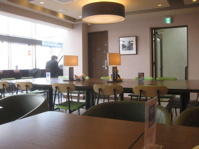 内観写真  : シナボン/シアトルズベストコーヒー 六本木店 (CINNABON) - 六本木/スイーツ(その他) [食べログ] (5403)