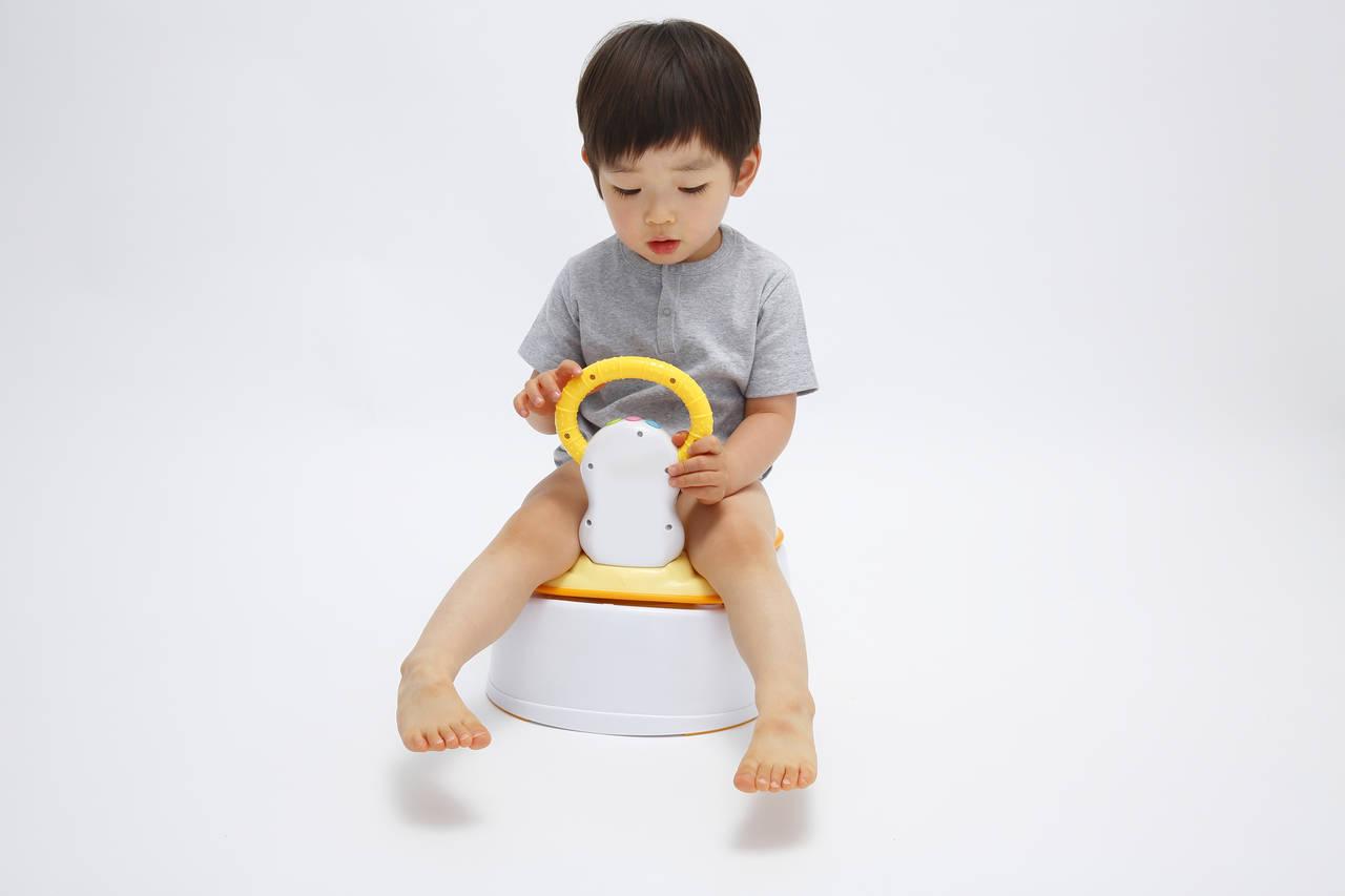 育児に不可欠なトイレトレーニング。スムーズな進め方と成功のコツ