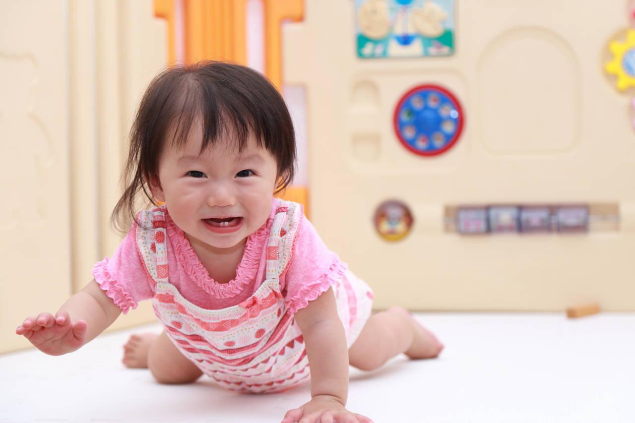乳児と一緒に楽しく遊ぼう!心と身体が成長できる遊びとは?