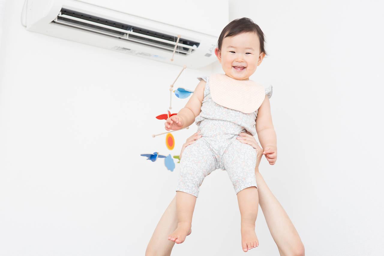 エアコン利用で乳児に快適な環境作り!季節ごとの適温や利用方法とは