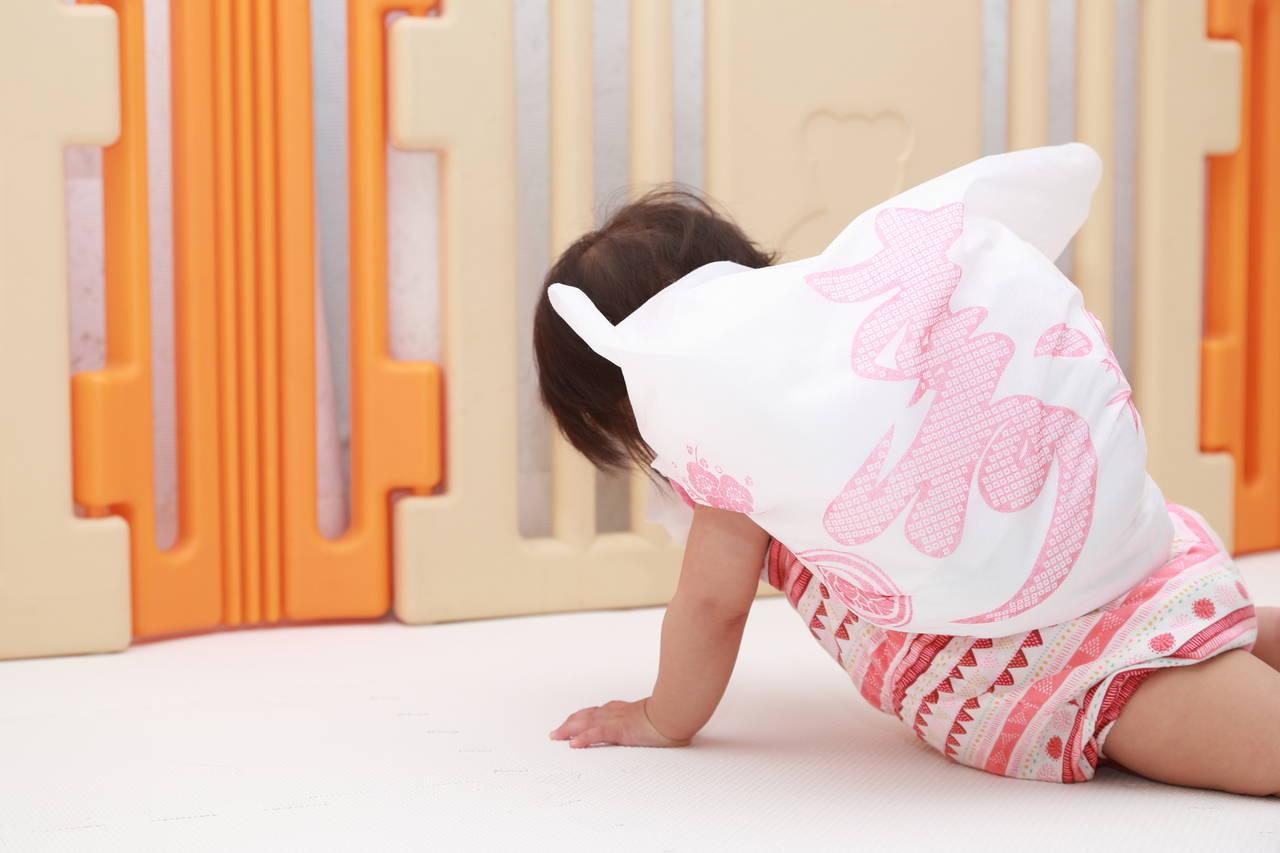 1歳の誕生日はお祝い行事で楽しもう!伝統儀式の1升餅と選び取り