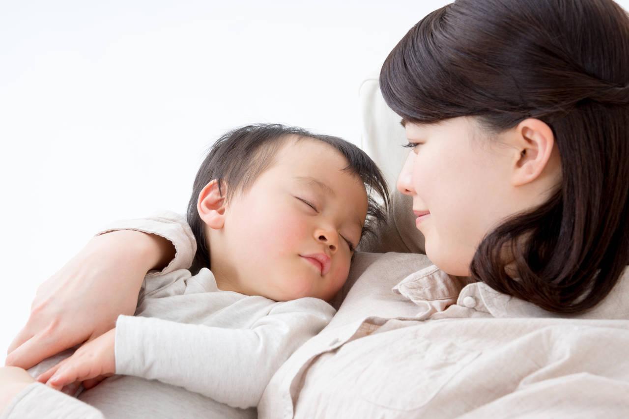 新生児への声かけはどうすればいい?声かけのポイントや注意点