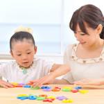 幼児期から始める子どもの習い事探し。メリットや人気の習い事