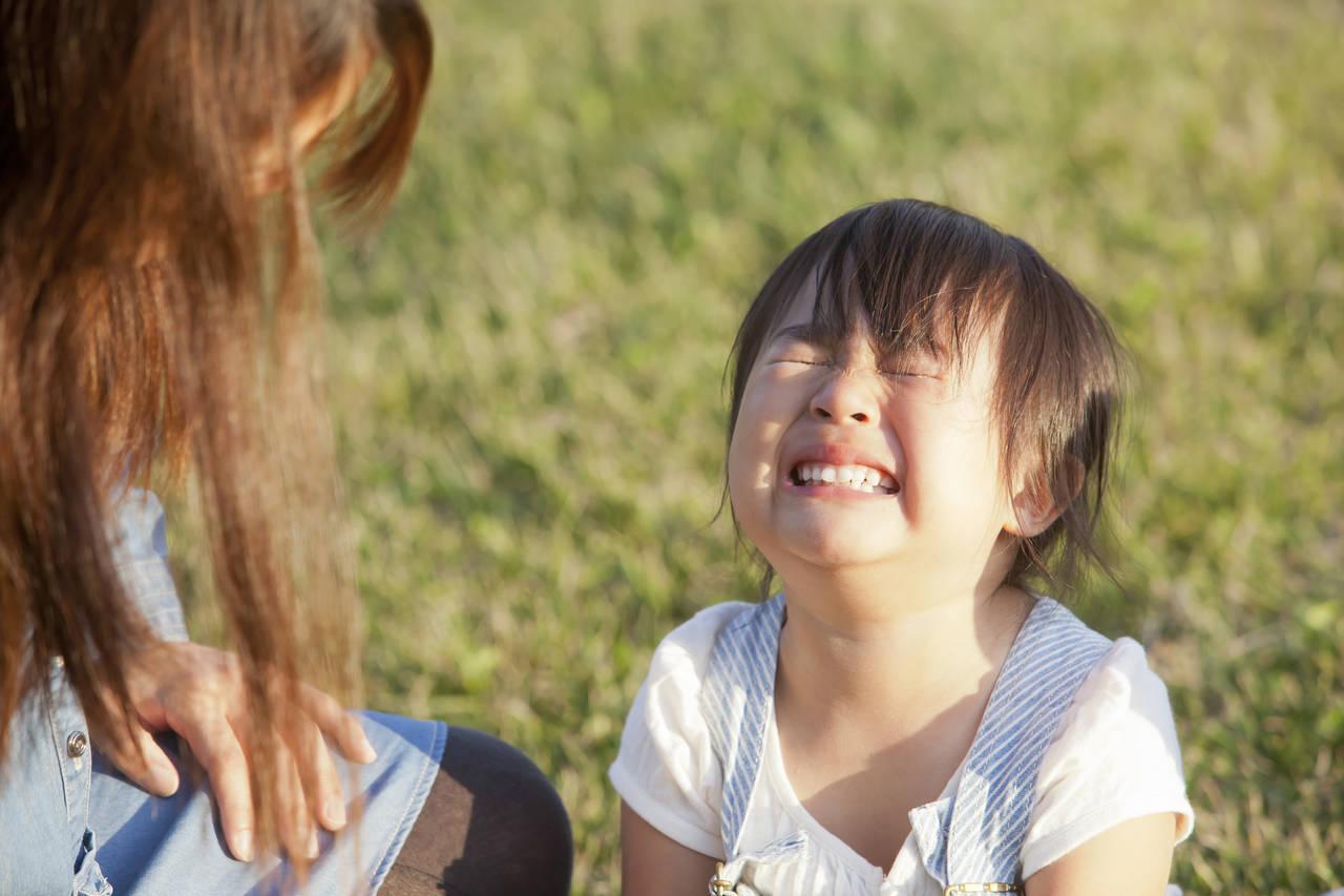 幼児がぐずる原因とは?親の対応を工夫してぐずりを減らそう