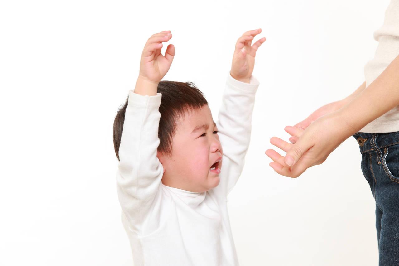 子どもを甘やかすと将来どうなる?甘やかしと甘えさせるの違い