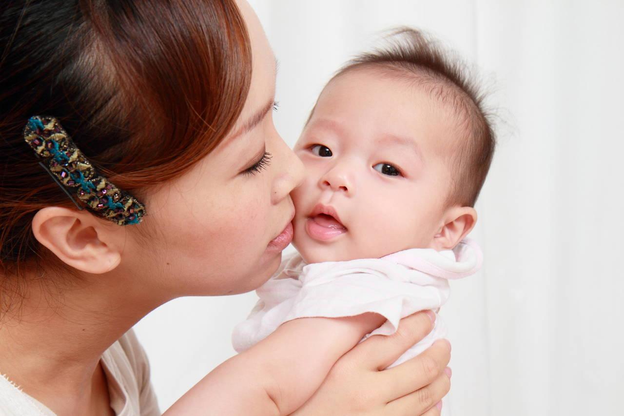出産育児一時金とは?知っておきたいその申請方法や受け取り方