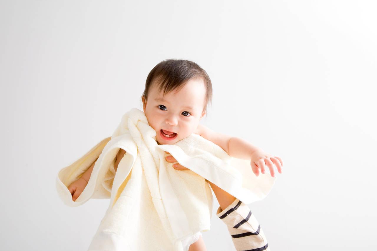 乳児の生活リズムはどう作ればよい?月齢別生活リズムの作り方